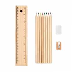 Zestaw kredek i ołówków